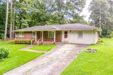 1665 Elmwood Drive Austell, GA 30106