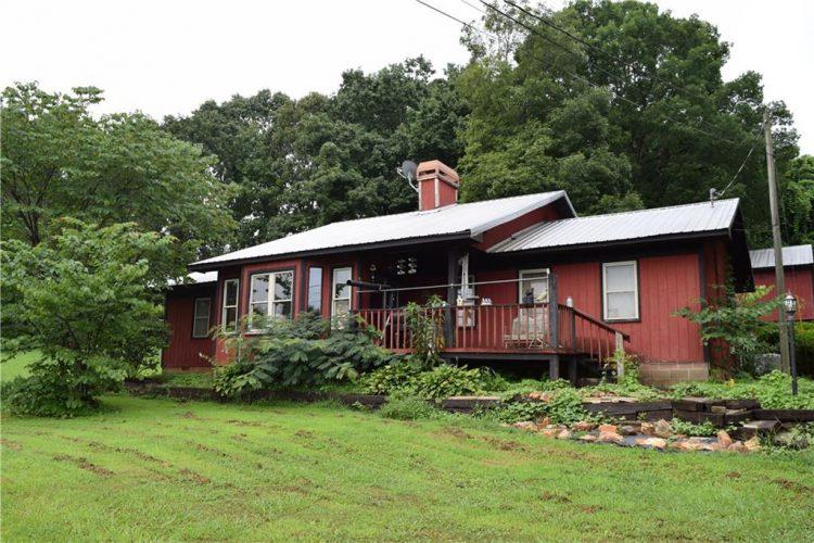 40 Walnut Road Jasper, GA 30143